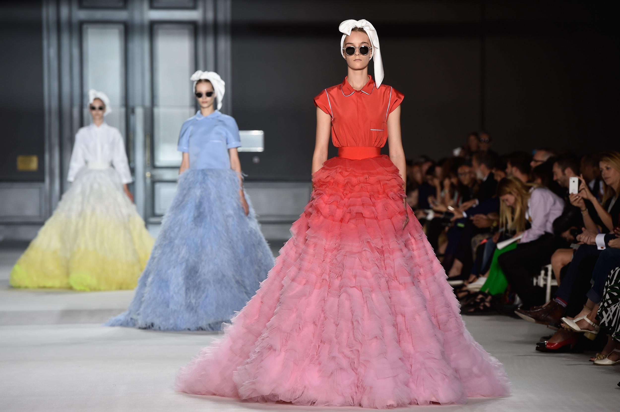 связанные пряжи французская мода показ картинки стиль