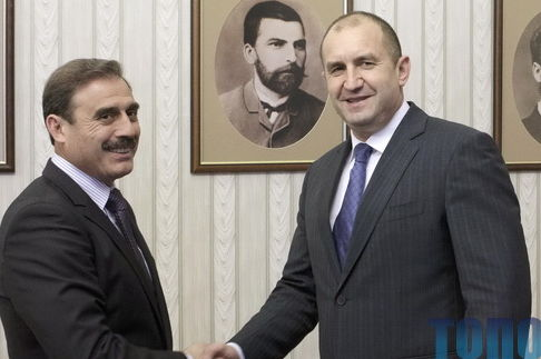 Киссе встретился с президентом Болгарии и пожаловался на притеснение болгар в Бессарабии 22.05.2017 | ВЕСТИ