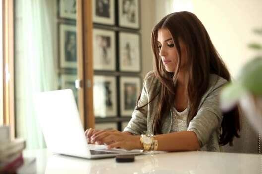 Работа в интернете для девушек с камерой вебкам работа спб отзывы