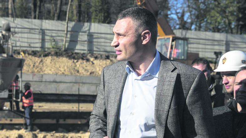 Картинки по запросу команду Кличко