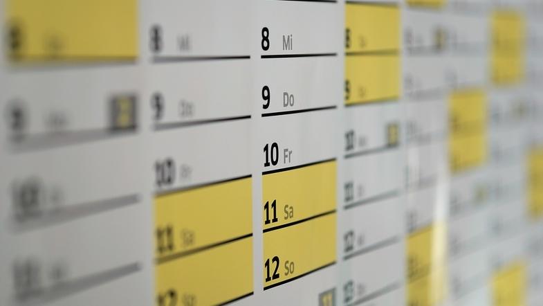 Синоптики и унитаз: какой сегодня праздник и день ангела 19 ноября