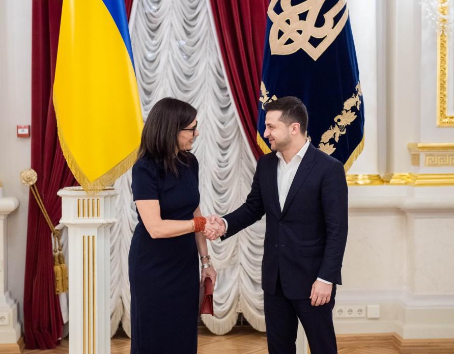 В Украине появились новые послы Канады и Греции