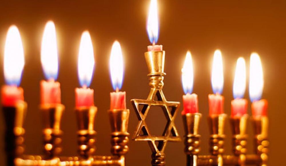 Иудеи всего мира начинают отмечают Хануку
