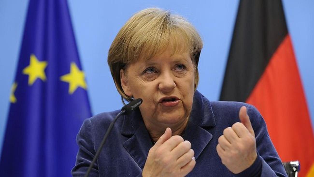 Лукашенко не берет трубку от Меркель