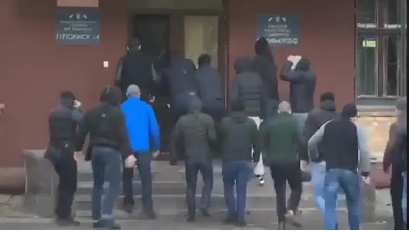 Из-за увольнения директора Киевметростроя на офис компании напали туитушки