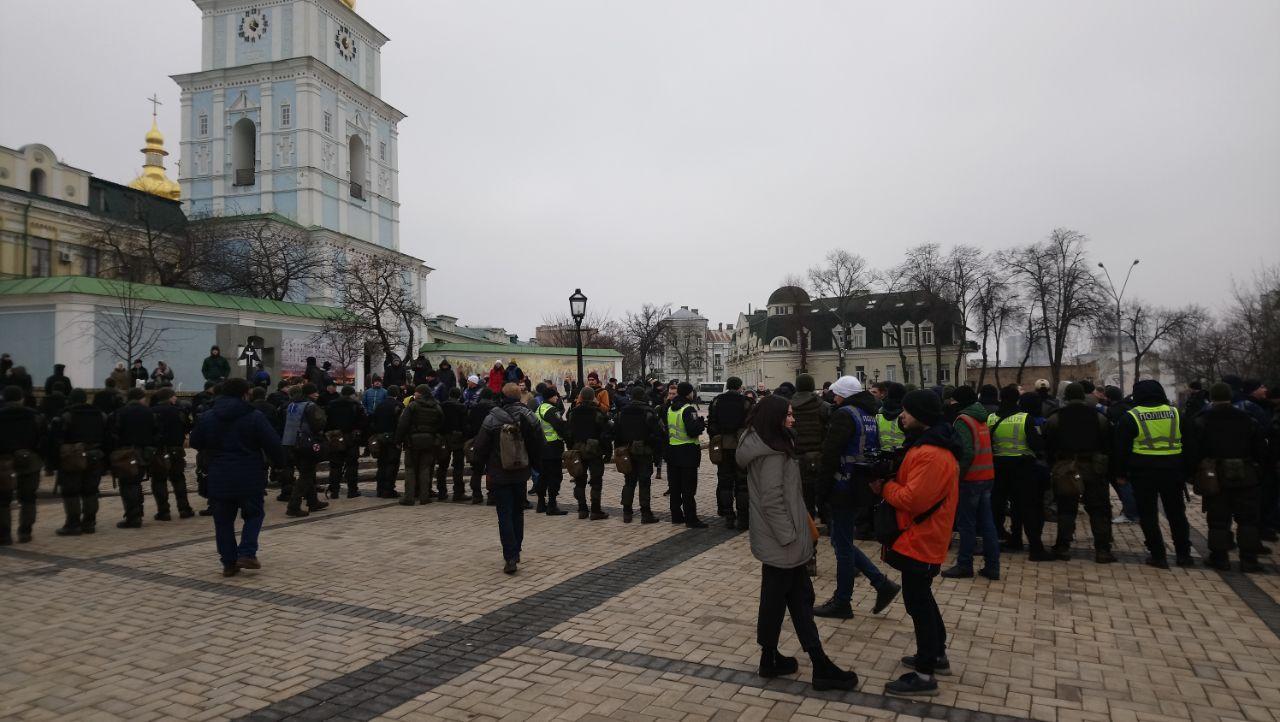 В Киеве проходит акция памяти убитых журналистов - фото 2
