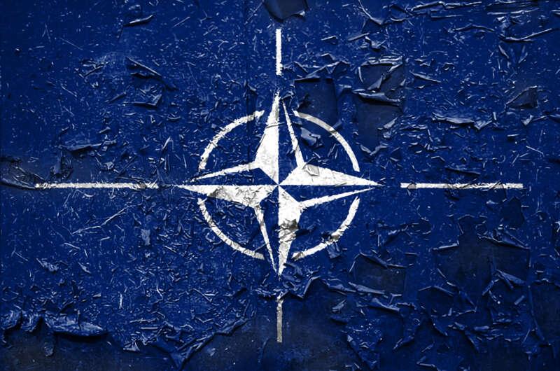 Украина может вступить в НАТО даже с оккупированными территориями - Кулеба-800x530
