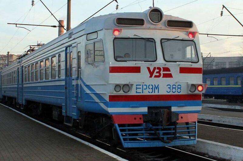 Поезд из Киева довезет до Попасной - в УЗ получили разрешение Минобороны-800x530