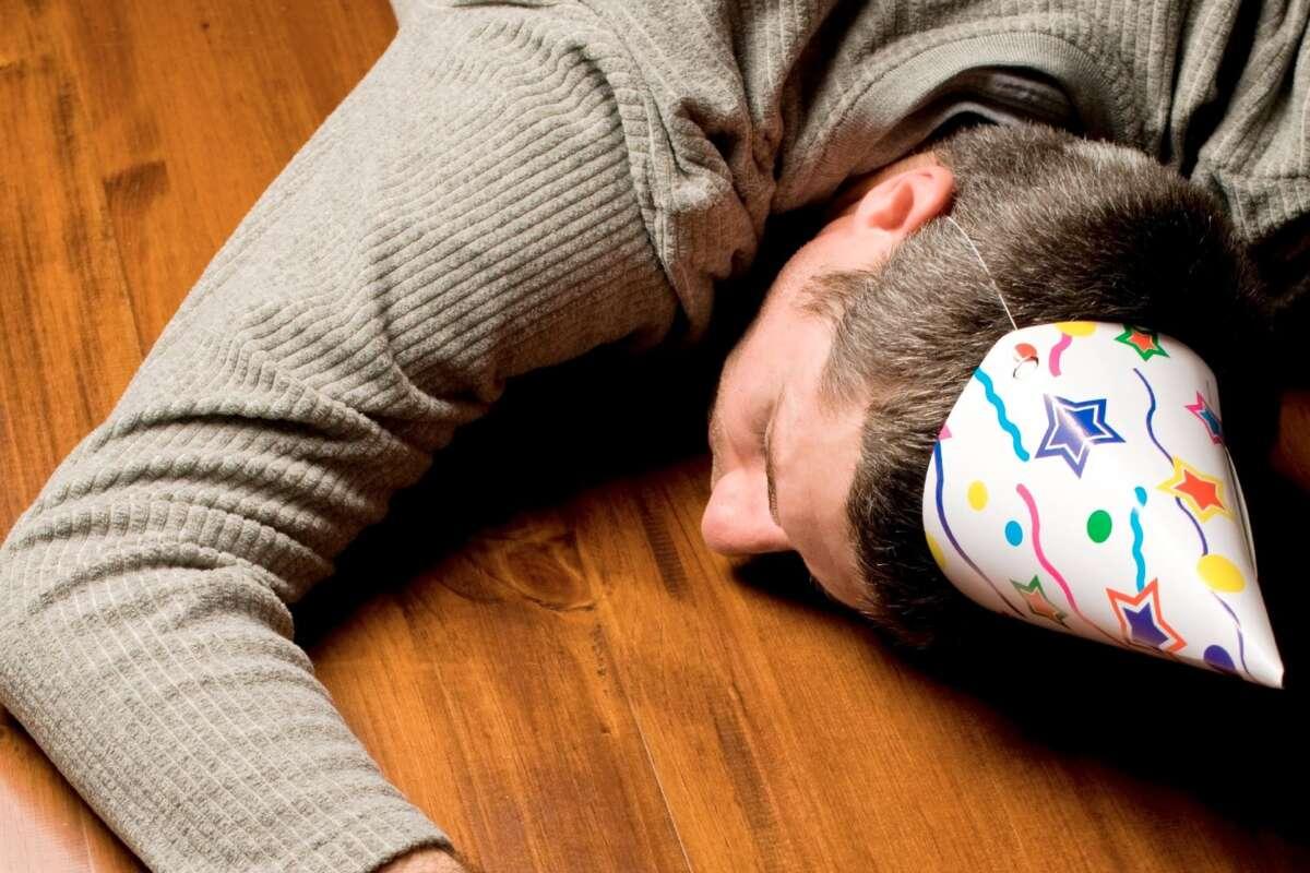 Лучшие средства от похмелья: как прийти в норму после новогодней ночи - Фото