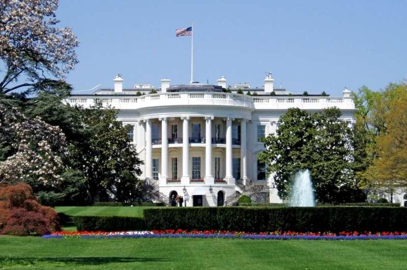 Штаты видят угрозы выборам со стороны РФ, Китая и Ирана-800x530
