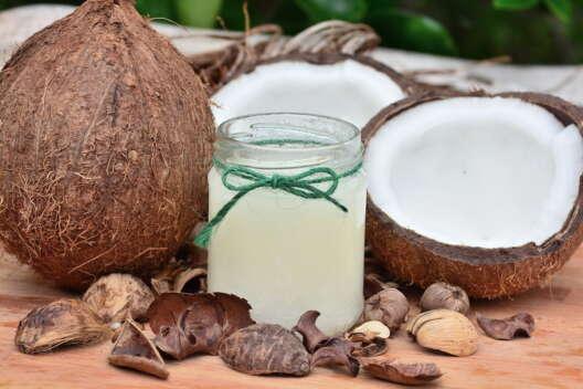 Кокосовое масло: для волос, здоровья, тела и души-1200x800
