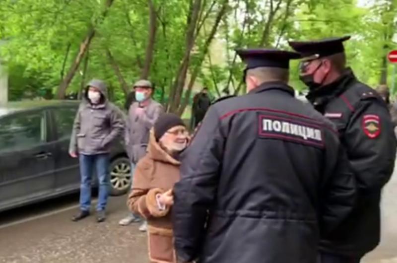 Захватчика московского банка задержали после штурма-800x530