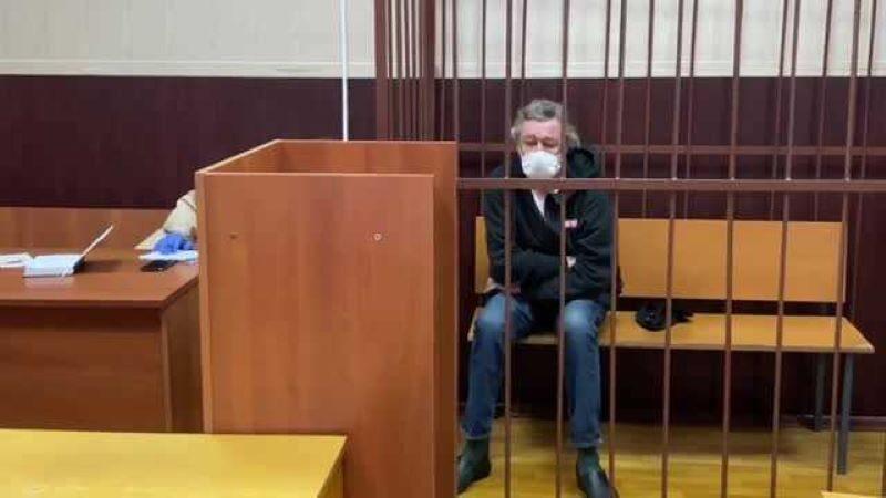 Адвокат назвал возможную сумму компенсации семье Захарова от Ефремова-800x530