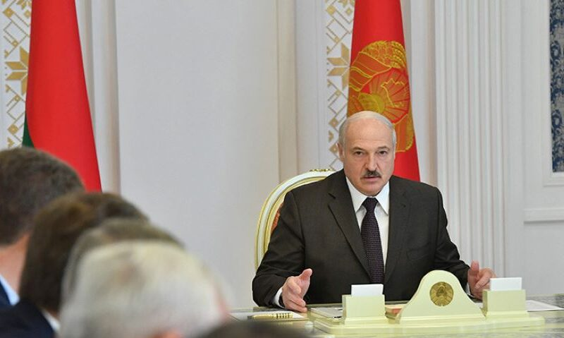 Маски сорваны: Лукашенко решил идти доконца вборьбе за республику Беларусь