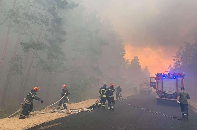 Главное за день - выход США из НАТО, реинтеграция Донбасса и пожары - фото 4