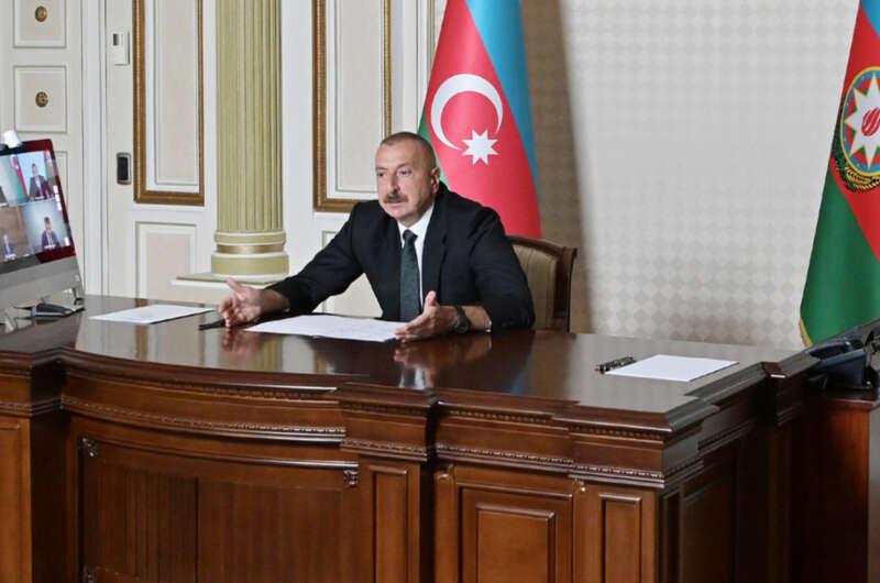 В Азербайджане вводится военное положение-800x530
