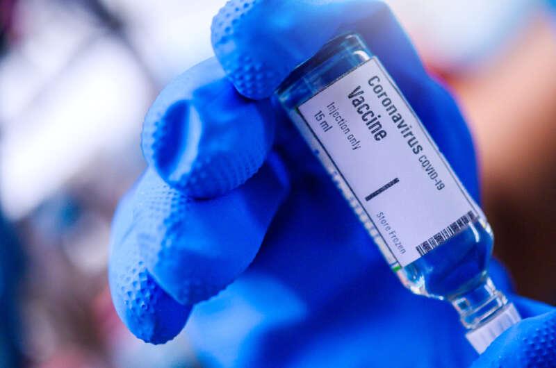 В Турции начались испытания вакцины от коронавируса на людях-800x530