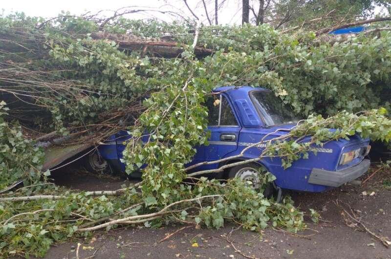 По Херсонской области прошел мощный ураган-800x530