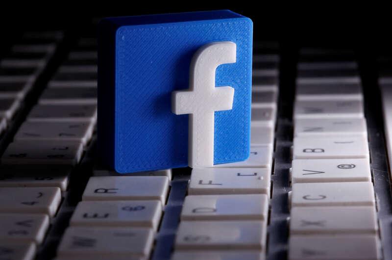Власти США могут подать антимонопольный иск против Facebook-800x530