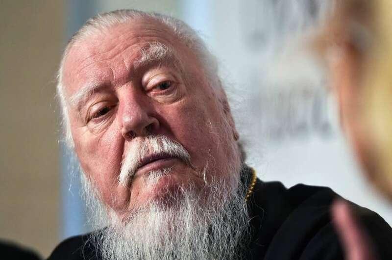 Что случилось с протоиереем Дмитрием Смирновым, рассказал председатель Патриаршей комиссии