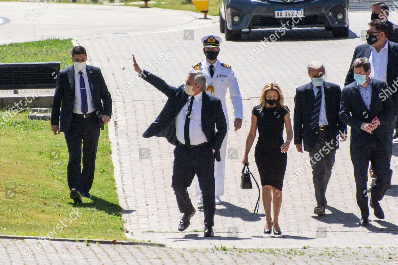 Миллион фанатов и море слез – как прошли похороны Марадоны - фото 6
