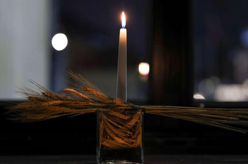 Польша почтила память жертв Голодомора по-украински-800x530
