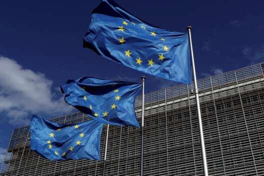 Очень опасная ситуация: ЕС призвал Россию отвести войска от границы Украины-1200x800