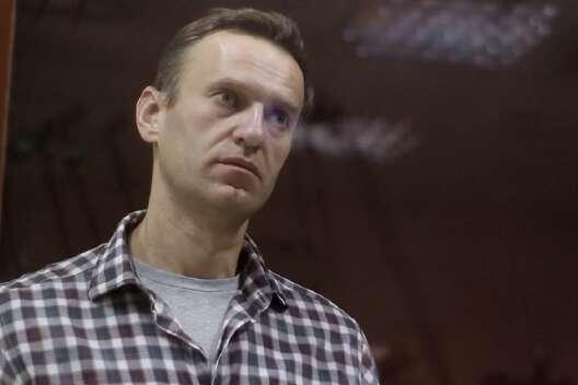 Защита Навального пожаловалась на публикацию видео с ним из колонии-1200x800