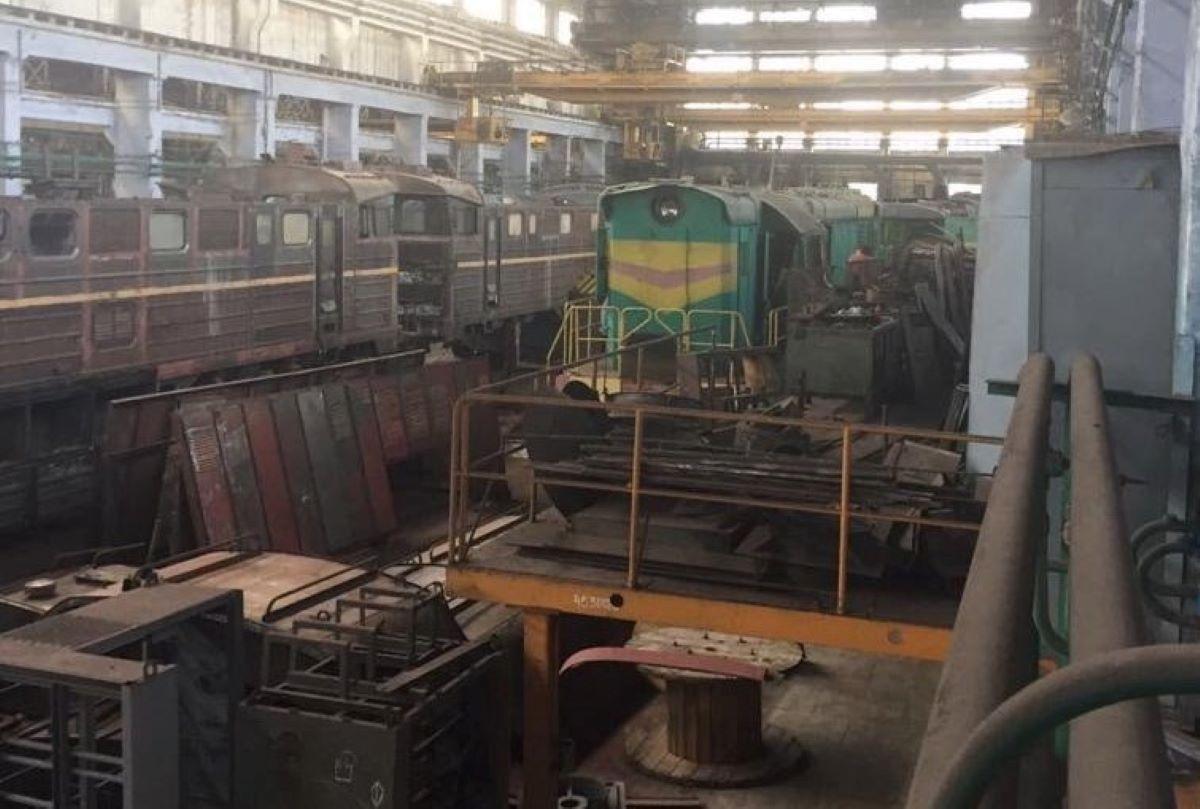 """Бывший топ-менеджер """"Укрзализныци"""" украл миллионы на ремонте поездов – СБУ"""