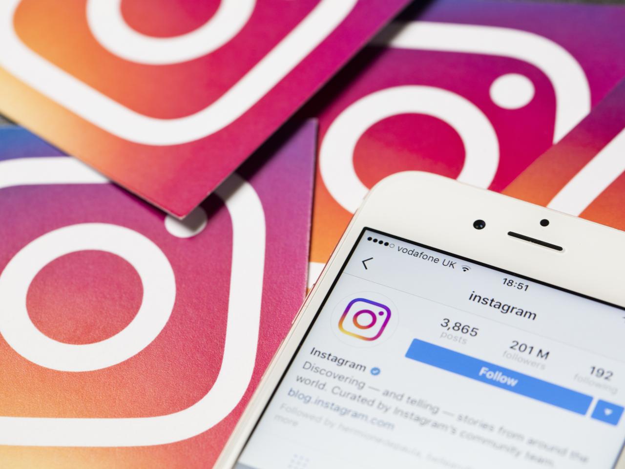 Instagram запускает автоматические субтитры к сториз