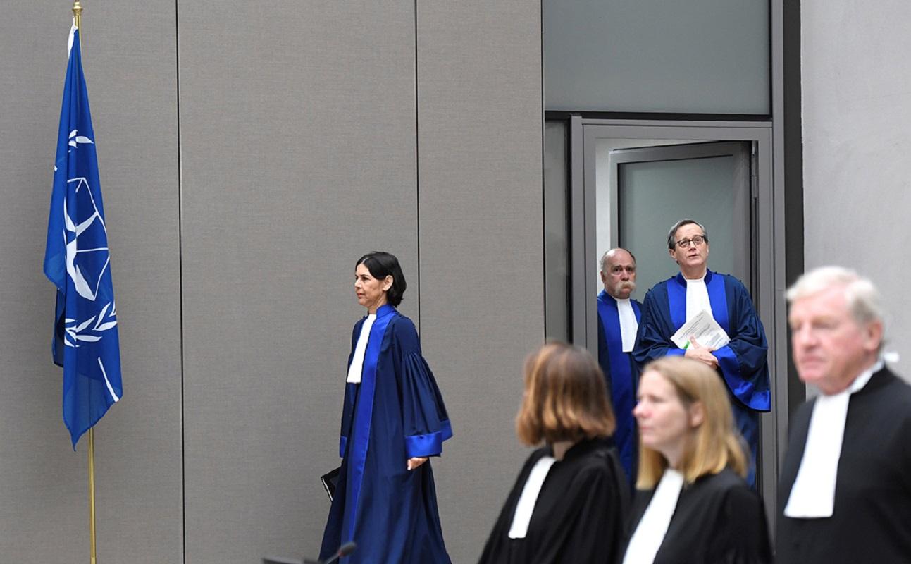 Киев отправил материалы по Донбассу в Международный уголовный суд