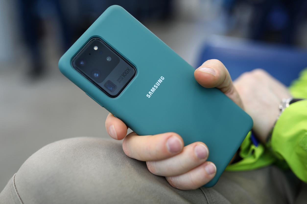 Названы самые популярные смартфоны в США