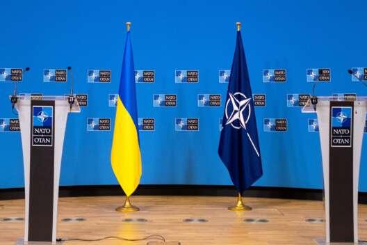 Не России решать, будет ли Украина членом Альянса - Столтенберг-1200x800