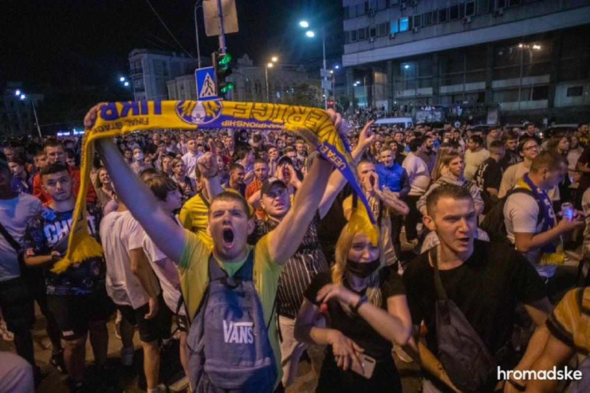 Украина в четвертьфинале: как праздновали победу (фото)