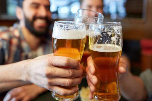 В Харькове коммунальщики через Prozorro купили 2000 литров пива-1200x800