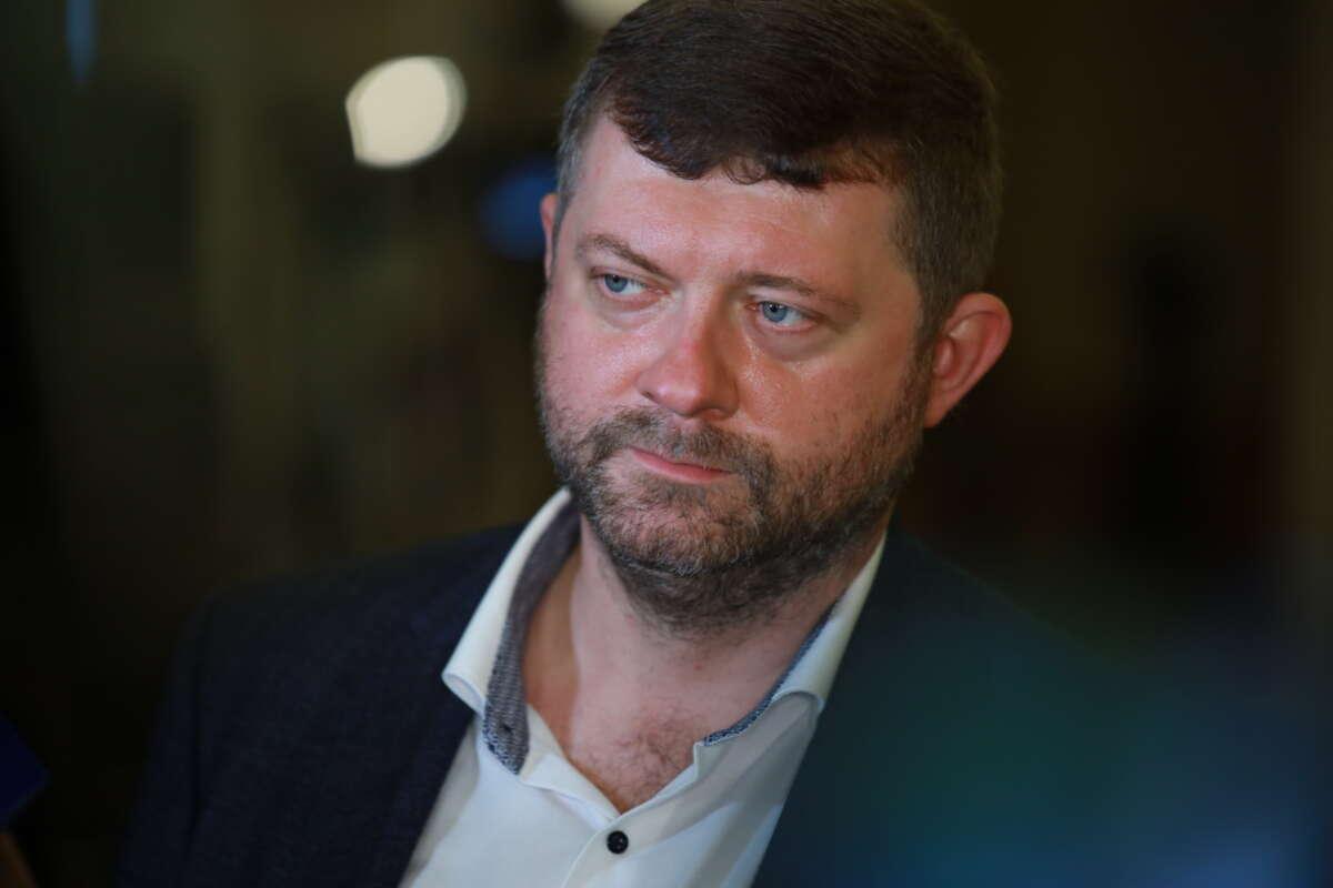 Монобольшинство будет голосовать за закон об олигархах – Корниенко