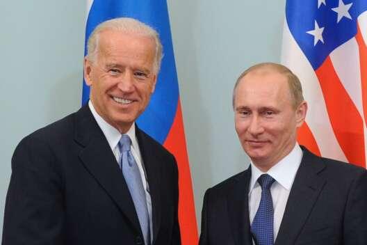 Разговор ни о чем - Путин ответил на обвинения в кибератаках России на США-1200x800