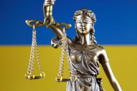 В Одессе из суда сбежал вор-рецидивист: подробности-1200x800