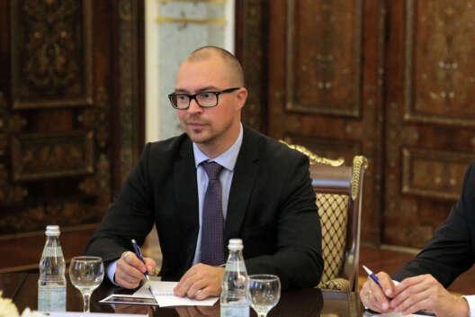 Россия высылает задержанного консула Эстонии-1200x800