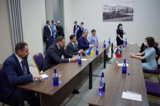 Форум в Батуми: президенты Молдовы и Грузии устроили демарш Зеленскому-1200x800