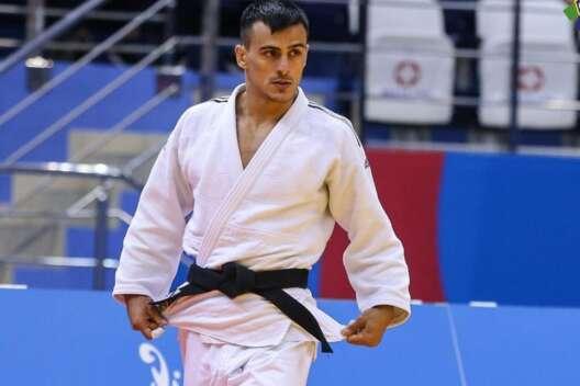Зантарая завершил выступление на Олимпиаде, проиграв в 1/8 финала-1200x800