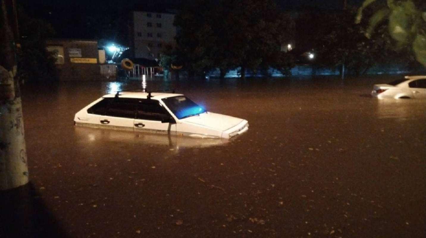 Одессу затопило: последствия непогоды (видео)