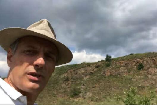 Долинский высмеял найденный в Украине центр арийской цивилизации-1200x800