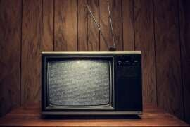 Новые языковые нормы загонят ТВ-индустрию в убытки
