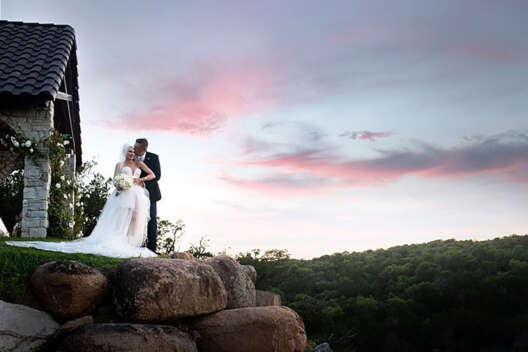 Гвен Стефани и Блейк Шелтон показали фото со своей тайной свадьбы-1200x800