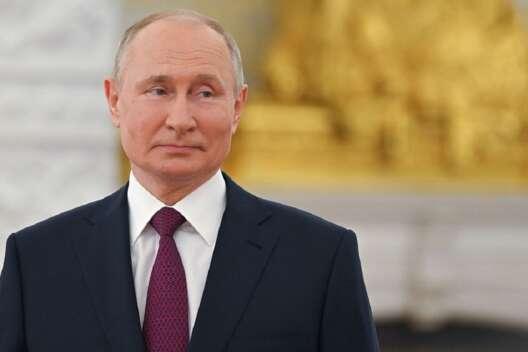 Путин о преследовании Медведчука: Украинские власти принимают абсолютно  неправовые решения – вне рамок своей компетенции