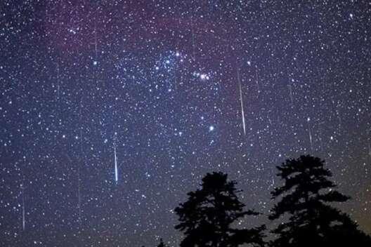 На этой неделе в небе можно наблюдать звездный поток Июльские Пегасиды-1200x800