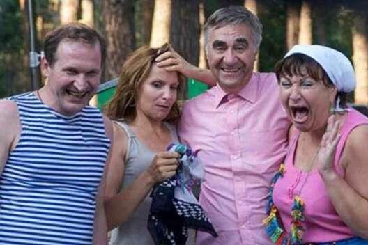 История молодых Будько: завершились съемки седьмого сезона сериала Сваты-1200x800