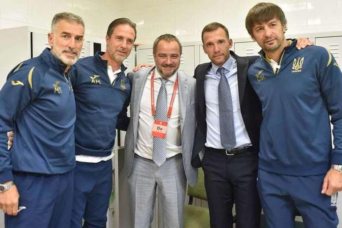 Денег нет, но вы тренируйте. Почему Шевченко ушел из сборной Украины