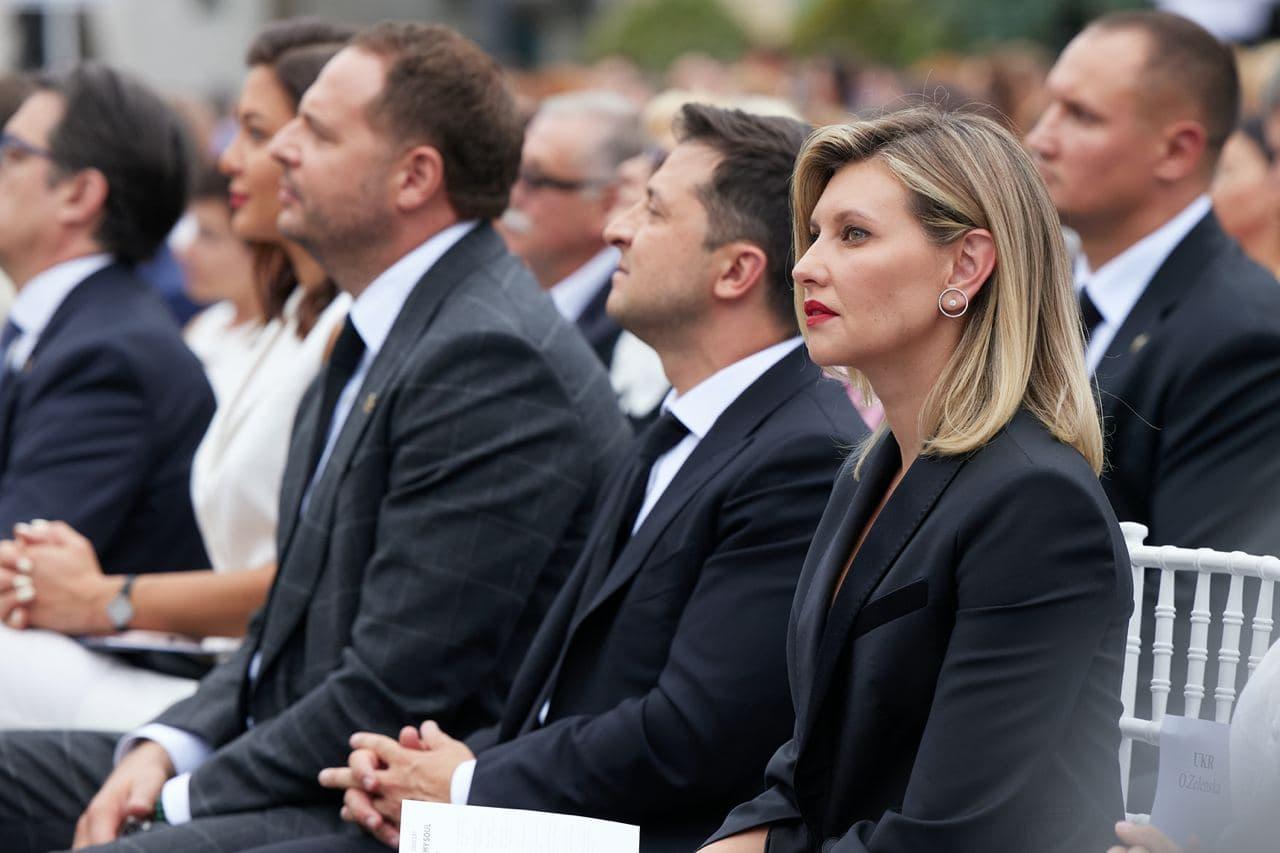 Президентская чета и иностранные гости посетили концерт Бочелли